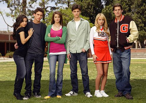 "THE SECRET LIFE OF THE AMERICAN TEENAGER - Francia Raisa as ""Adrian"", Daren Kagasoff as ""Ricky"", Shailene Woodley as ""Amy"", Kenny Baumann as ""Ben"", Megan Park as ""Grace"" and Greg Finley as ""Jack"" star in ""The Secret Life Of The American Teenager"" airing on ABC Family. (ABC FAMILY/CRAIG SJODIN)"