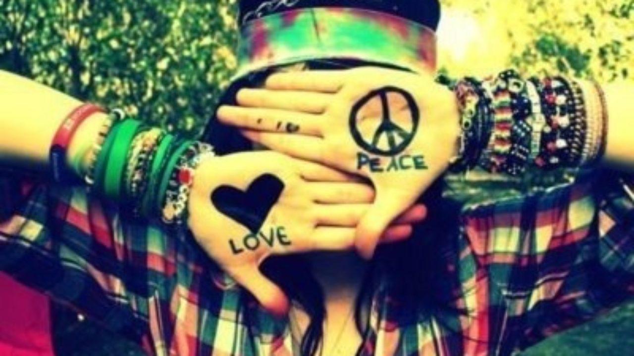 Las 8 Características Principales De Los Hippies Lifeder